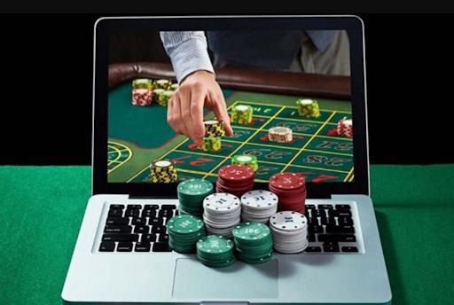 Perkembangan Permainan Poker Sampai Menjadi Judi Populer